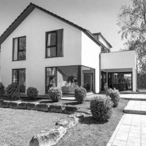 Haus Immobilie mit Garten Nr.1